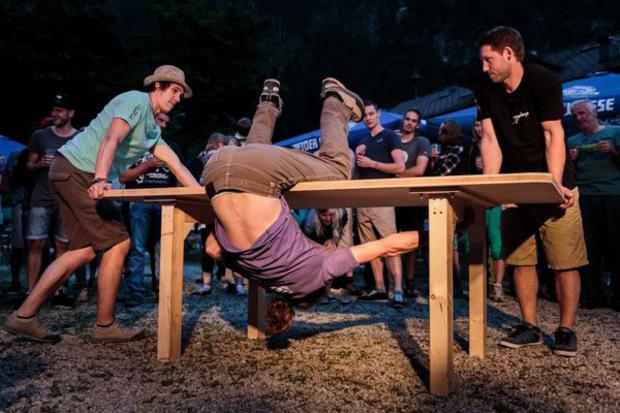 """Der Tisch Boulder Cup ist eines der beliebten Sideevents beim """"Austria Cllimbing Festival""""."""