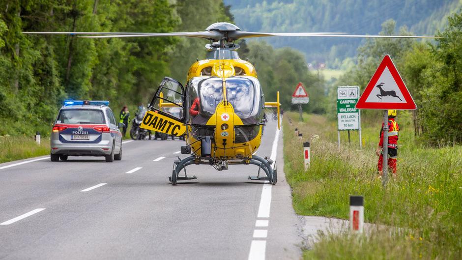 Die Schwerverletzte wurde mit dem Notarzthubschrauber abtransportiert.