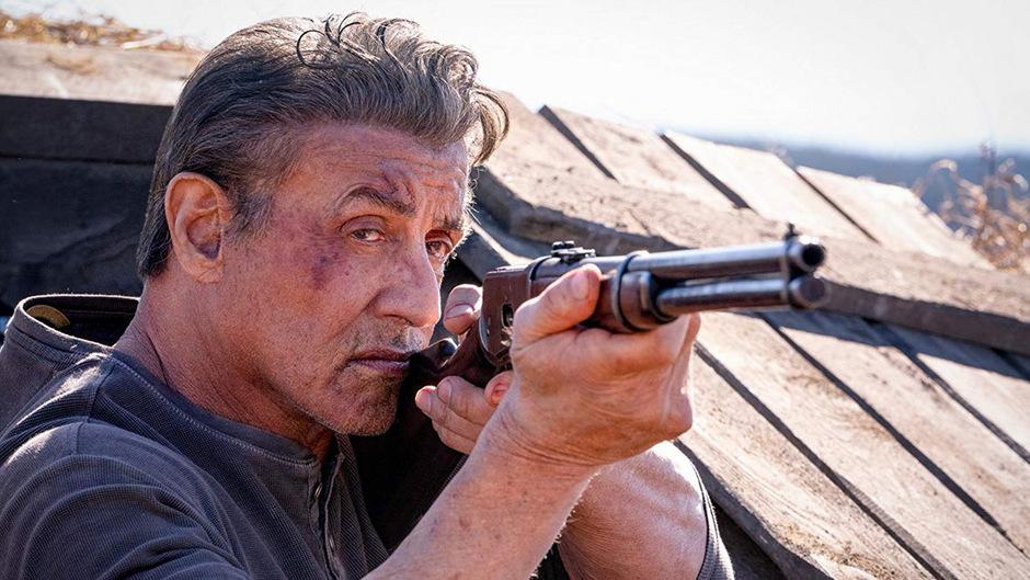 Rambo ist auf der Mission, die Tochter eines Freundes aus den Klauen eines gefährlichen Menschenhändler-Rings in Mexiko zu befreien.