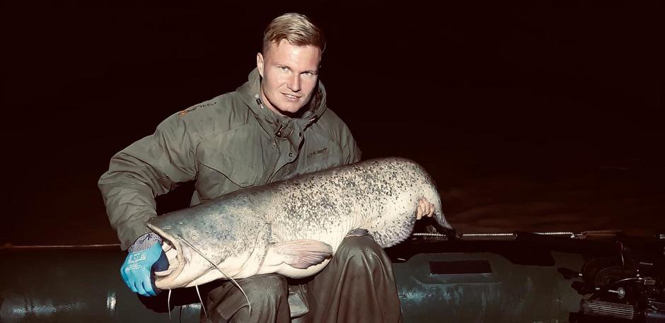 Christopher Knett hielt seinen Fang nur für ein Foto fest.