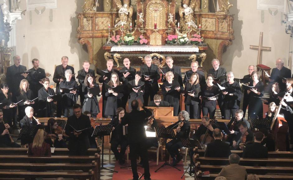 Der Kammerchor Choropax Wattens zeigte sich in Höchstform.