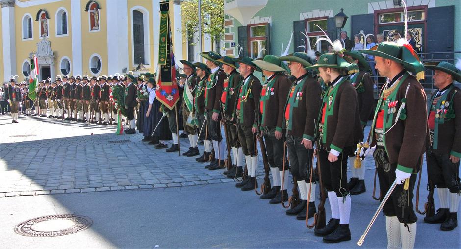 Die beiden St. Johanner Kompanien marschierten gemeinsam auf.