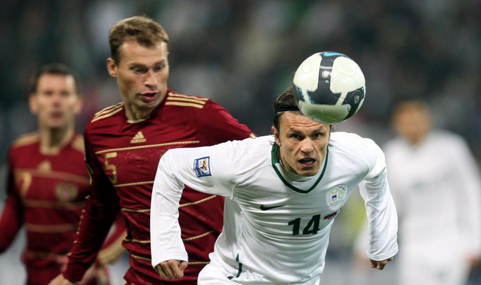 Vor zehn Jahren schoss Zlatko Dedic Slowenien zur WM. Am Freitag gegen Österreich drückt der Wacker-Stürmer seinen Landsleuten die Daumen.