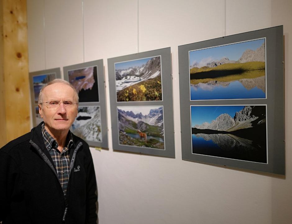 Der Amateurfotograf Herbert Blank aus Zams zeigt seine Sicht der Tiroler Bergwelt in der Kronburggalerie.