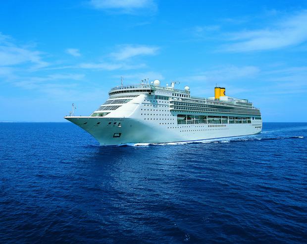 253 Meter lang und Platz für fast 2400 Passagiere – die Costa Victoria.