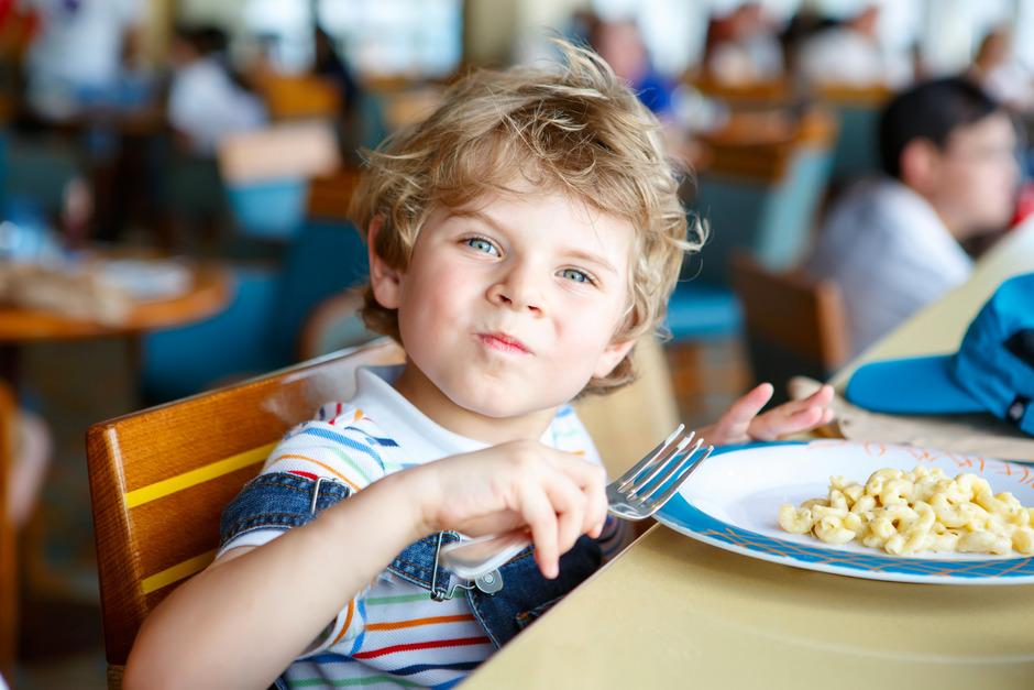 Für das Mittagessen ihrer Kinder sollen Kundler Eltern mehr bezahlen.