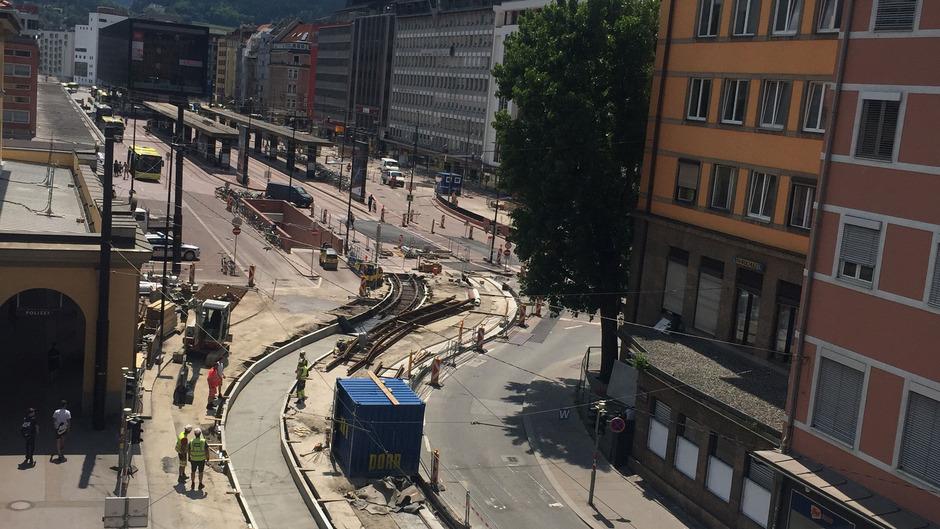Der Bahnhof ist eine von vielen Großbaustellen in Innsbruck.