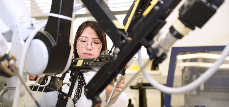 """Das neue MCI-Masterstudium """"Medical Technologies"""" überzeugt mit exzellenten beruflichen Perspektiven in aller Welt."""