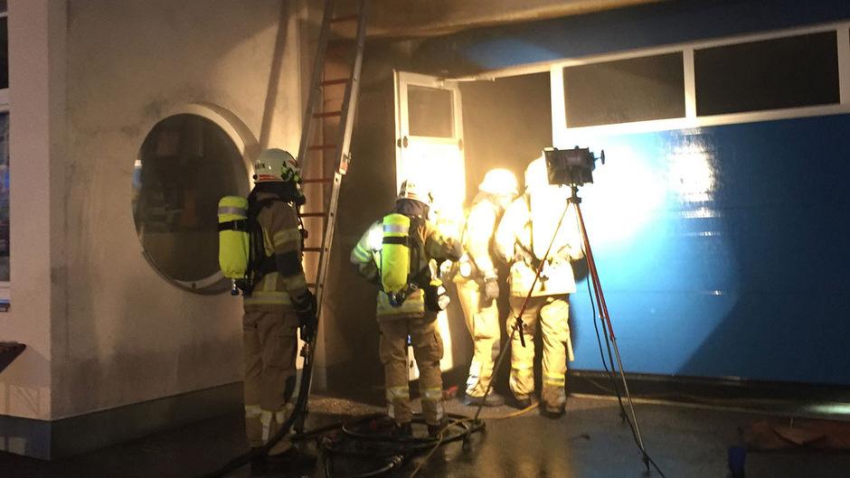 Die Feuerwehr Landeck konnte den Brand nach kurzer Zeit vollständig löschen.