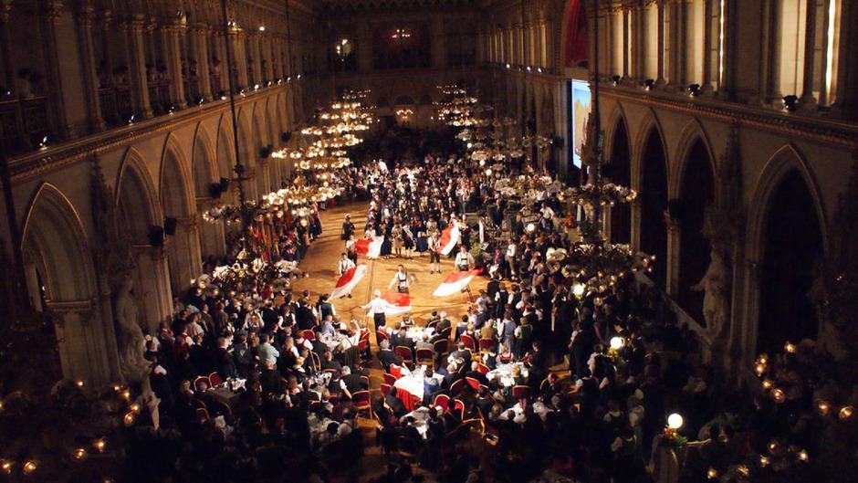 Das Wiener Rathaus bietet jedes Jahr den eleganten Rahmen für den Tirolerball, hier im Bild 2015.