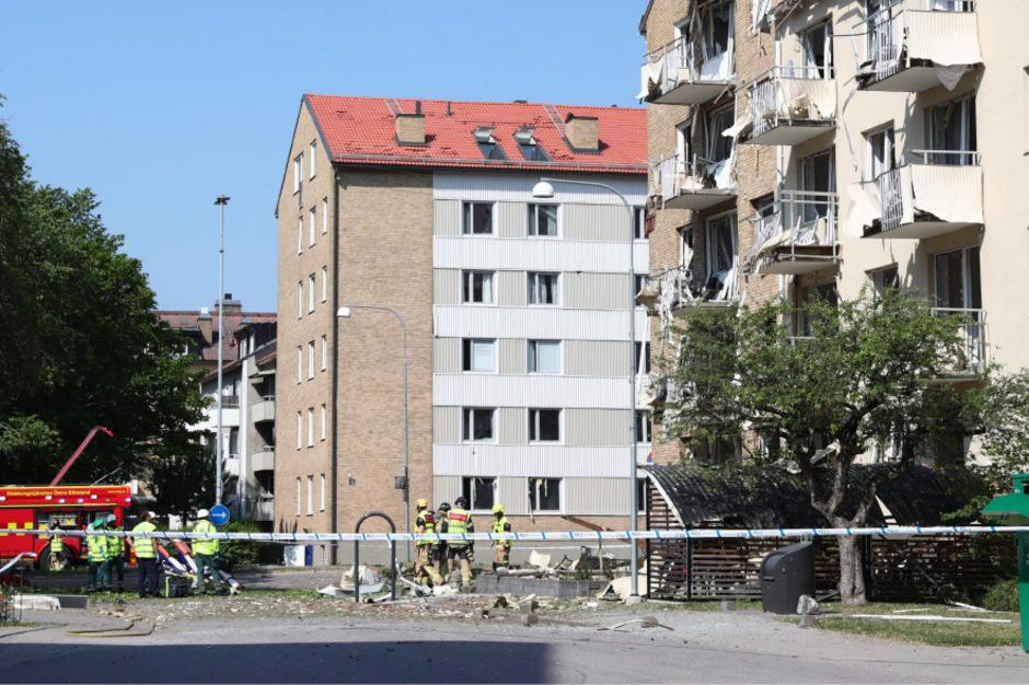 Dutzende Wohnungen wurde beschädigt.