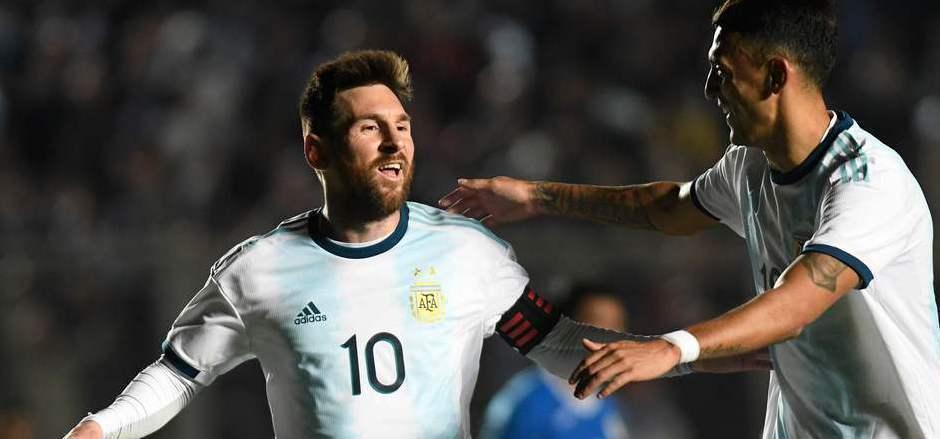 Lionel Messi erzielte die ersten beiden Treffer für Argentinien.