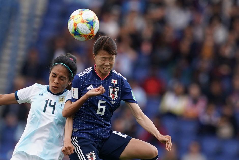 Viele Zweikämpfe, keine Tore: Japan kam gegen Argentinien nicht über ein 0:0 hinaus.