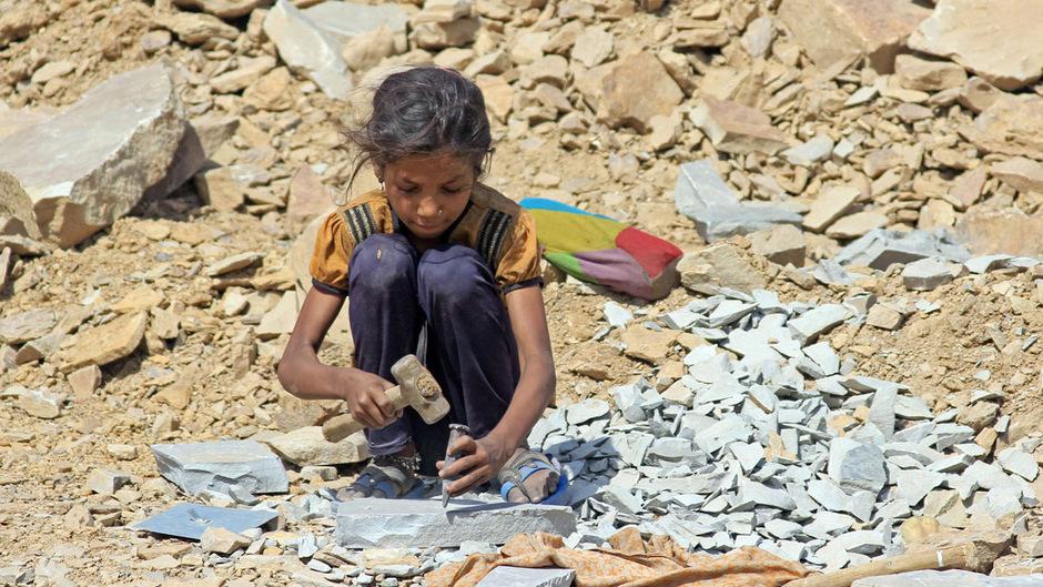 Wenn der Rückgang der Kinderarbeit im aktuellen Tempo weitergeht, werden auch im Jahr 2025 noch 121 Millionen Mädchen und Jungen  betroffen sein. (Symbolfoto)