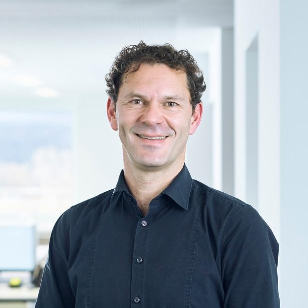 Baumeister Patrick Weber: Im Rahmen der Örtlichen Bauaufsicht vermeidet der Baumeister dank laufender Qualitätskontrollen unnötige Kosten und Ärgernisse.