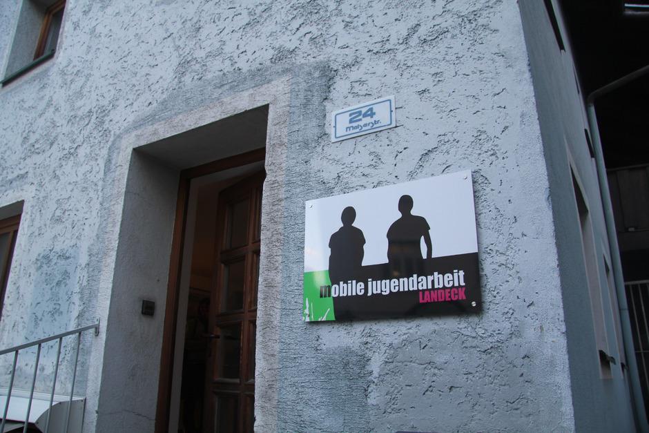 Seit neun Jahren gibt es die mobile Jugendarbeit im Bezirk Landeck. Nun will man die Erfahrung mit dem Vintschgau teilen.