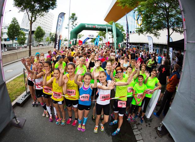 Topmotiviert starten auch heuer wieder unzählige Tirolerinnen beim Frauenlauf.