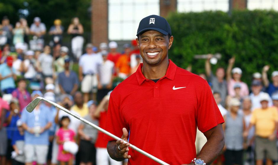 Tiger Woods stiehlt der Konkurrenz in Pebble Beach einmal mehr die Show.