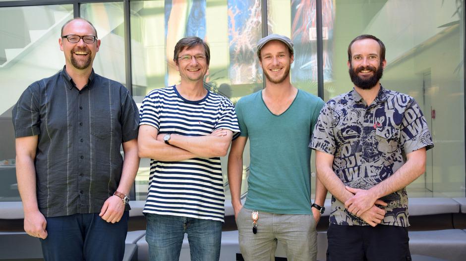 Die Zellbiologen (v.l.) Oliver Schmidt, David Teis, Michael Widerin und Yannick Weyer.