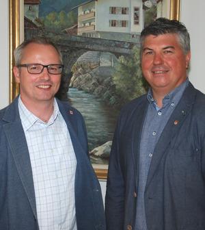 Prozessbegleiter Magnus Gratl (l.) mit BM Harald Bonelli.