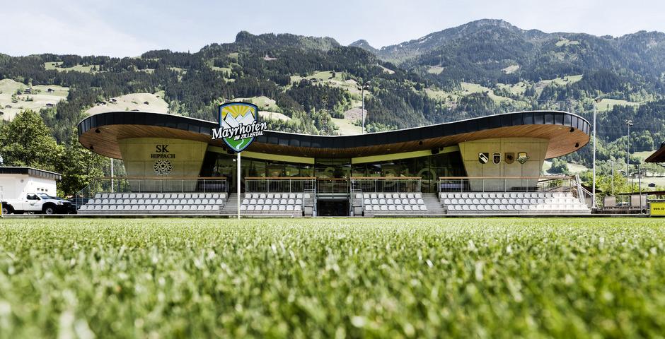 Europäische Spitzenvereine trainierten bereits im Lindenstadion in Hippach. Bald auch der FC St. Pauli.