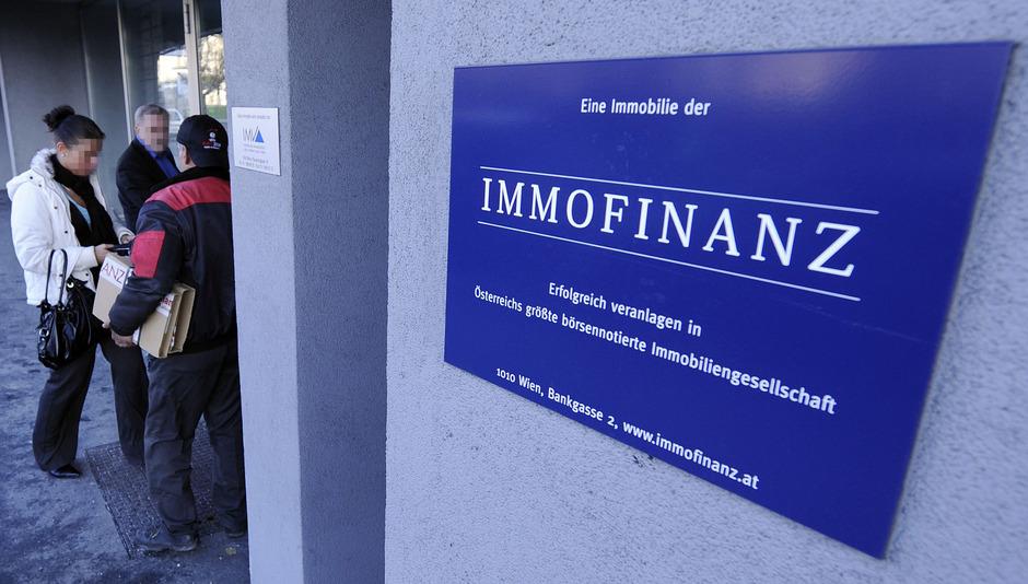 Eingangsbereich des Firmensitzes in Wien.