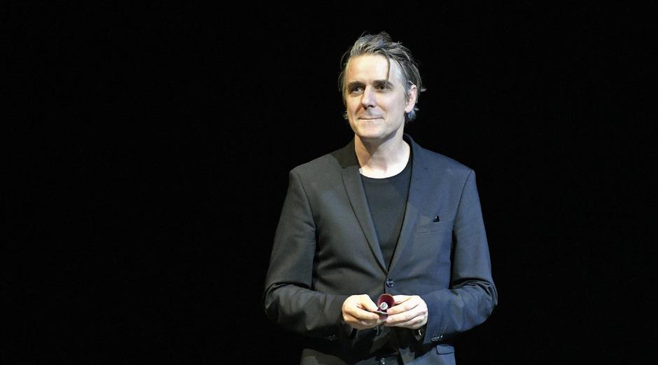 Der deutsche Schauspieler Jens Harzer bei der Überreichung des Iffland-Rings im Wiener Burgtheater.