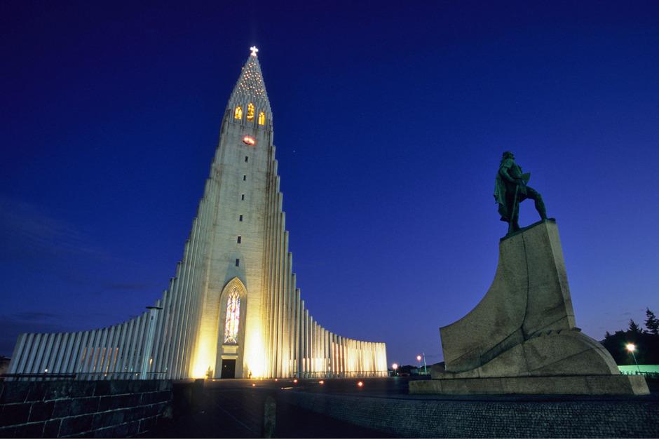 Island, im Bild die Kathedrale von Reykjavik, ist bereits seit 2008 das friedlichste Land der Welt.