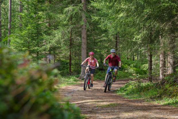 ...begeistern ebenso wie der Ötztalradweg.