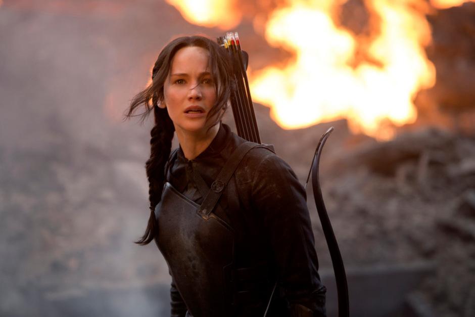 Die Bücher wurden weltweit mehr als 100 Millionen Mal verkauft und mit Oscar-Preisträgerin Jennifer Lawrence in der Hauptrolle in vier Teilen verfilmt.