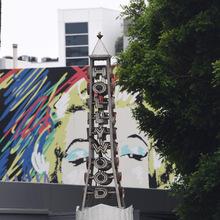 """Die Statue von der Skulptur """"Ladies of Hollywood"""" wurde von einem Unbekannten zerstört. Er nahm die Skulptur von Marilyn Monroe mit."""