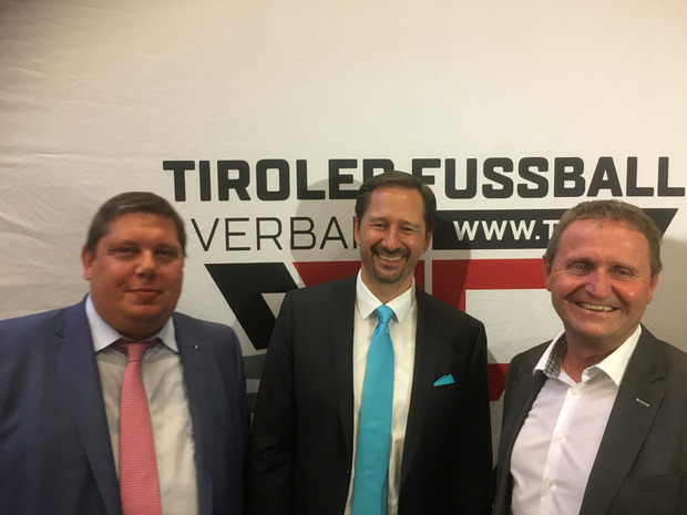 Die drei Vizepräsidenten Arno Bucher, Wolfgang Suitner und Adi Stastny (u?.v.?l.) genossen den Abend.