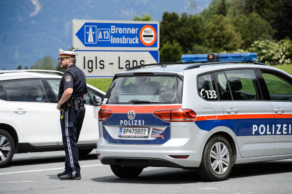 Mit den Fahrverboten soll dem Ausweichverkehr über die Dörfer ein Riegel vorgeschoben werden.