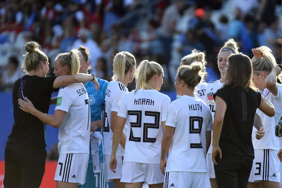 Deutschland besigte Nigeria mit 3:0.