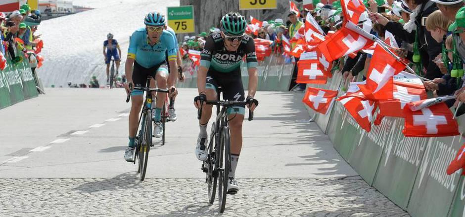 Patrick Konrad hielt Jan Hirt erfolgreich auf Distanz.