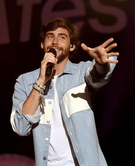 Der in Deutschland lebende Sänger mit spanischen Wurzeln Alvaro Soler gilt als Frauenschwarm.
