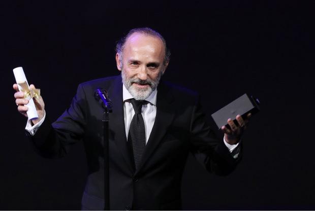 """Karl Markovics wurde für seine erste Operninszenierung, """"Das Jagdgewehr"""" (Bregenzer Festspiele), als bester Regisseur ausgezeichnet."""