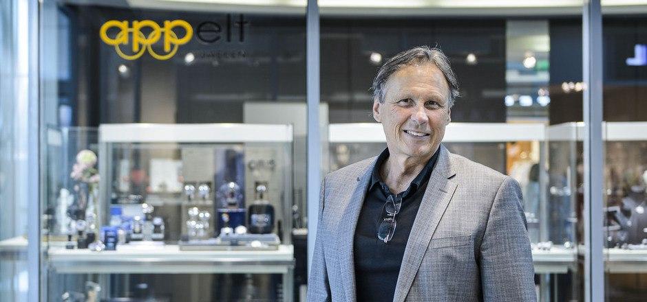 Ingo Appelt, Olympiasieger im 4er-Bob,  führt das Familienunternehmen Appelt Juwelen.