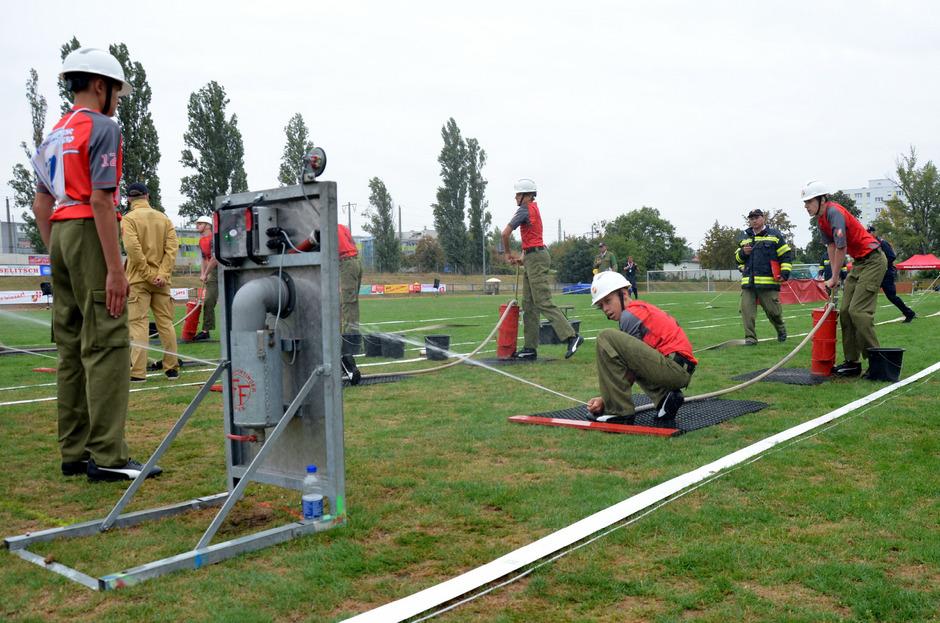 Über 3000 Teilnehmer und Betreuer werden zum ersten Feuerwehrjugend-Leistungsbewerb der Alpenregion in Telfs erwartet.