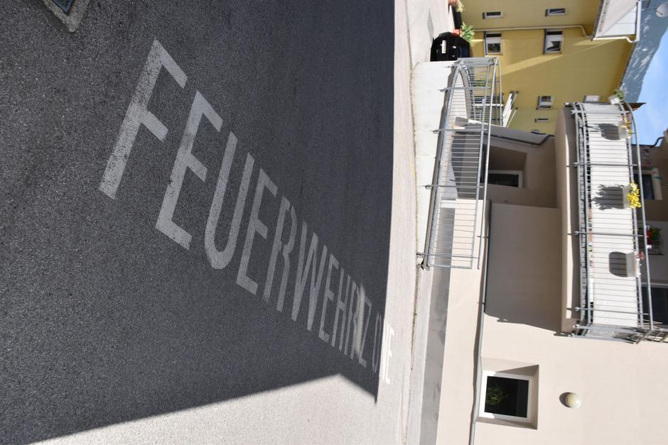 Manche Zonen für Feuerwehr- und Rettungseinsätze in Schwaz waren bisher willkommene Parkplätze für einige Anwohner.