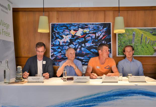 Umweltschutzverbände erheben Einspruch: Gerhard Egger vom WWF, Wolfgang Retter vom Verein Erholungslandschaft Osttirol, Reinhold Bacher vom Alpenverein Matrei und Paul Kunico vom Umweltdachverband (v.l.).