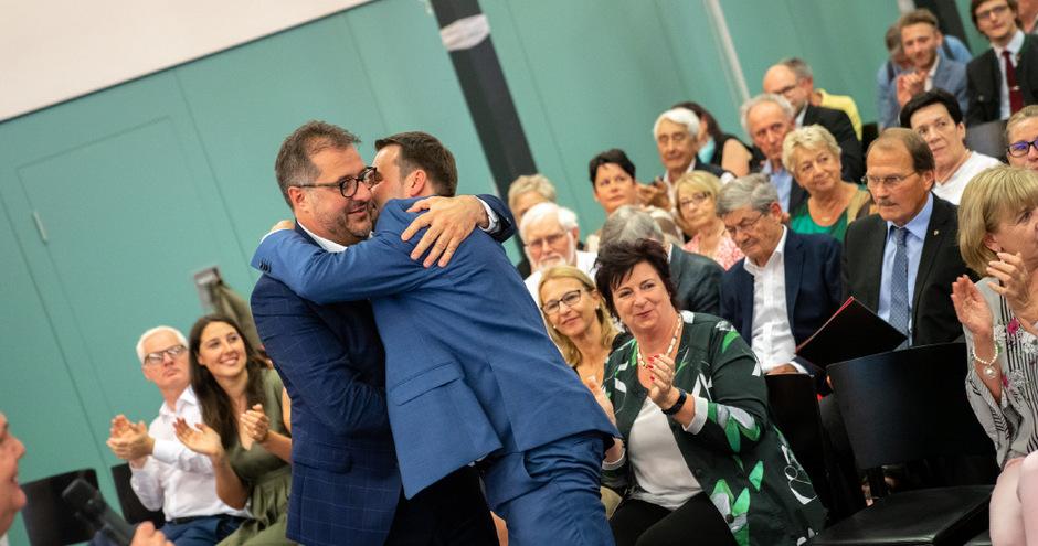 Erste Glückwünsche vom Vorgänger: Franz Gruber gratulierte Christoph Appler (v.l.) zur Wahl.