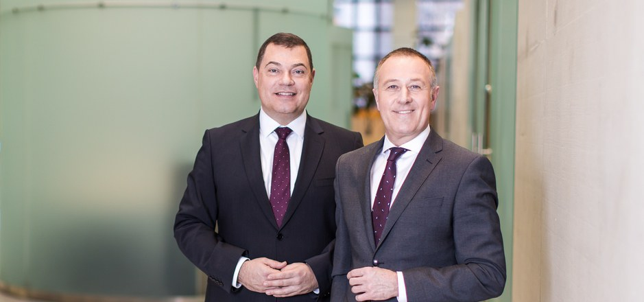 Hans Unterdorfer (l.) bleibt TiSpa-Vorstandschef, während Vorstandsdirektor Christian Reingruber nach Wien wechselt.