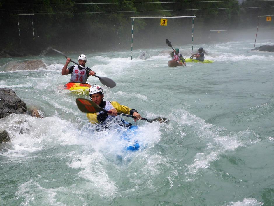 Bei den Deutschen und Österreichischen Meisterschaften im Wildwassersport traten an die 300 Athleten an.