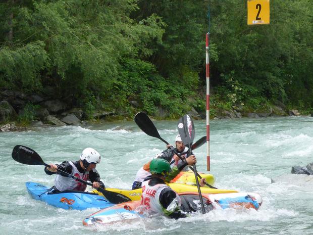 Auf den Hochwasser führenden Flüssen Isel und Drau mussten die Wettkämpfer aus Deutschland und Österreich ihr Bestes geben.