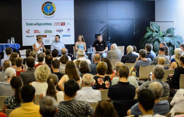 Eltern im Sport – gefragt, geliebt, gefürchtet, überfordert. Der Panathlonclub Innsbruck lud kürzlich zur Diskussion – u.a. mit Mirjam Wolf.