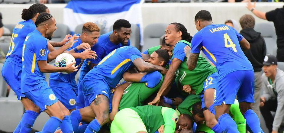 Nach dem späten Ausgleichstreffer, der den Viertelfinal-Einzug fixierte, kannte der Jubel bei Curacaos Kickern keine Grenzen.