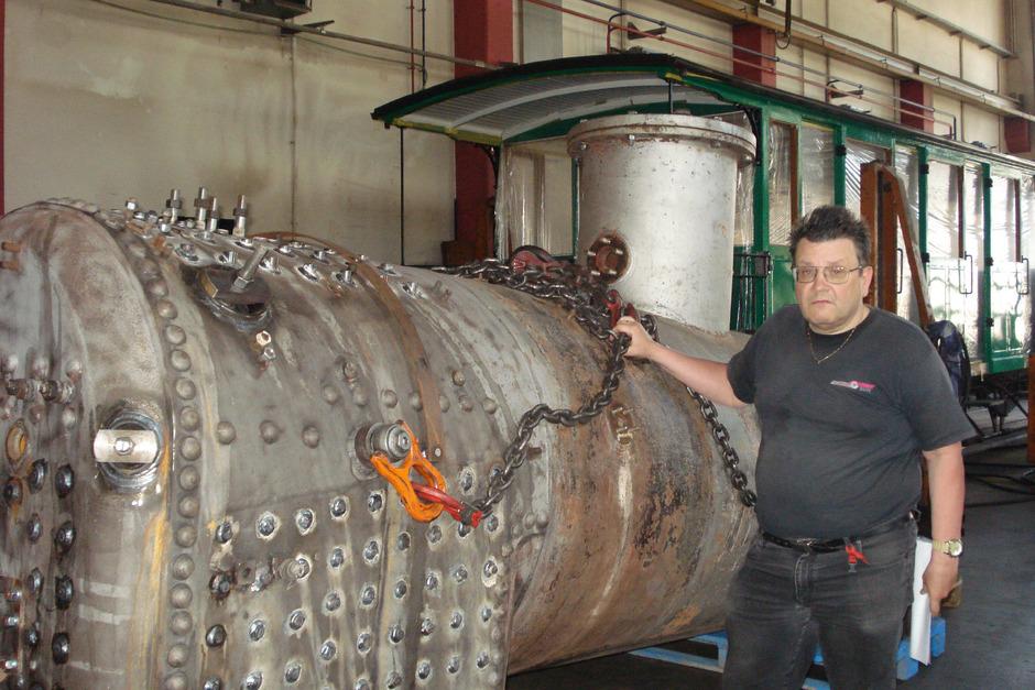 Den generalsanierten Kessel will Vorstand Georg Fuchshuber in Lok 3 einbauen.