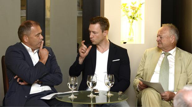 TT-Chefredakteur Alois Vahrner (links) und Ex-Nationalratspräsident Andreas Khol befragten Wiens ÖVP-Chef Gernot Blümel.