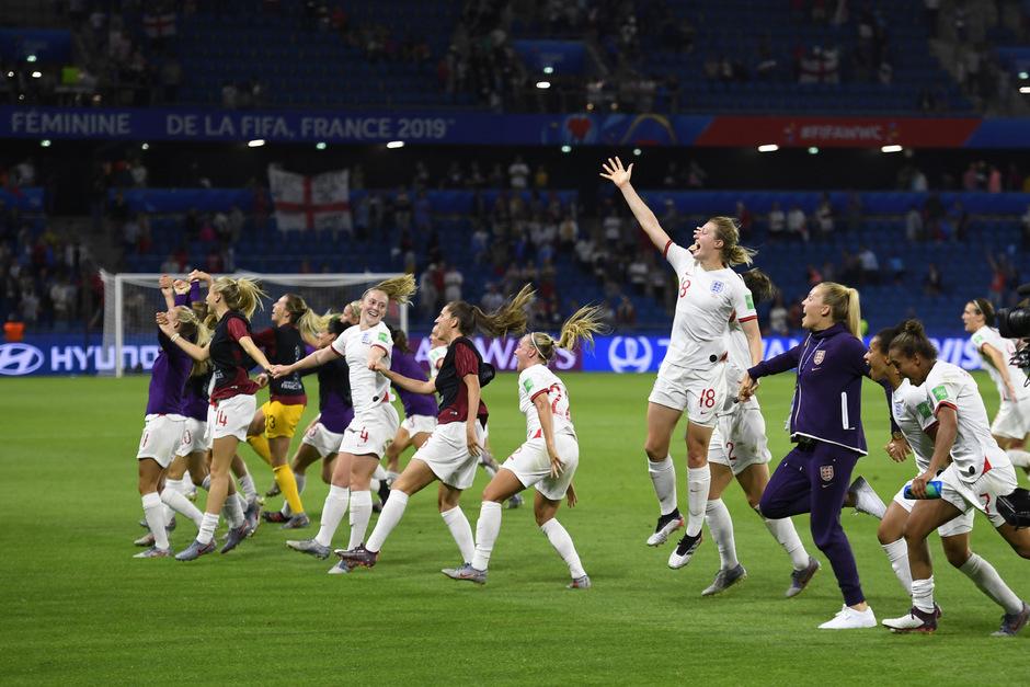 Grund zum Jubeln für Englands Fußball-Frauen.